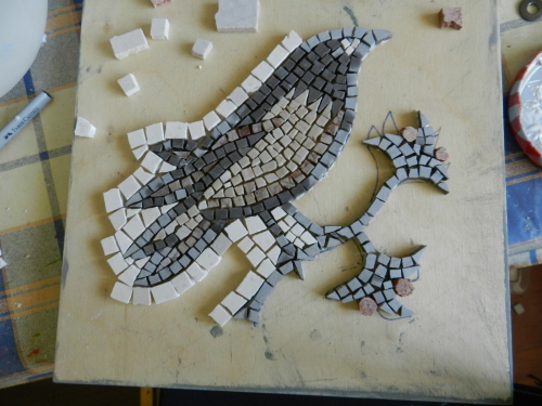 Making a mosaic trivet: in photos