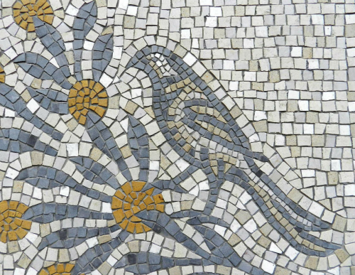 Aquileia bird by Helen Miles Mosaics