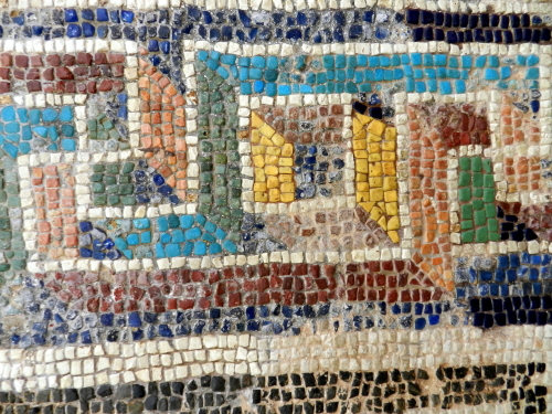 Border detail, mosaics of Corinth. Photo: Helen Miles Mosaics