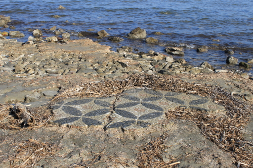 Mosaic fragments in the sea
