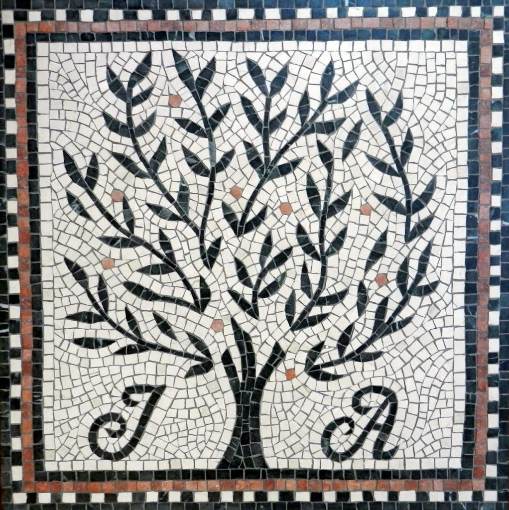 Wedding mosaic tree_ full view complete