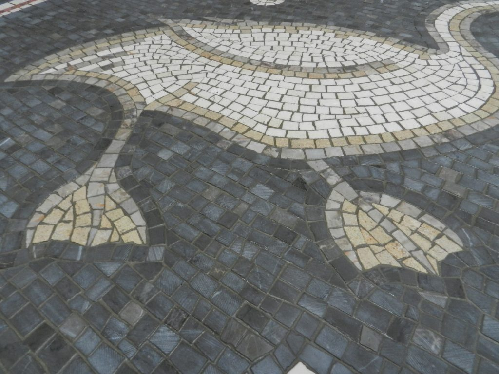 swan mosaic_grouted