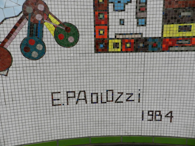 paolozzi mosaics _Rotunda detail, signature