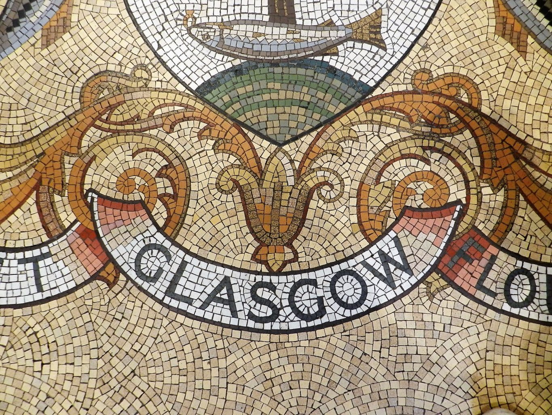Glasgow City Chambers, mosaic crest detail. Mosaics of Scotland.