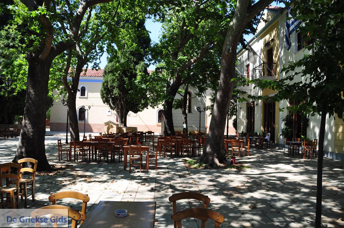 Lafkos village square