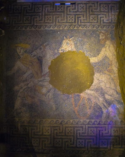 Amphipolis tomb mosaic - chariot led by Hermes