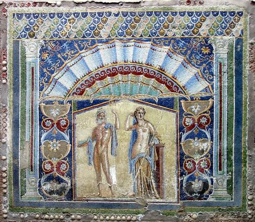 Herculaneum_Neptune_And_Amphitrite