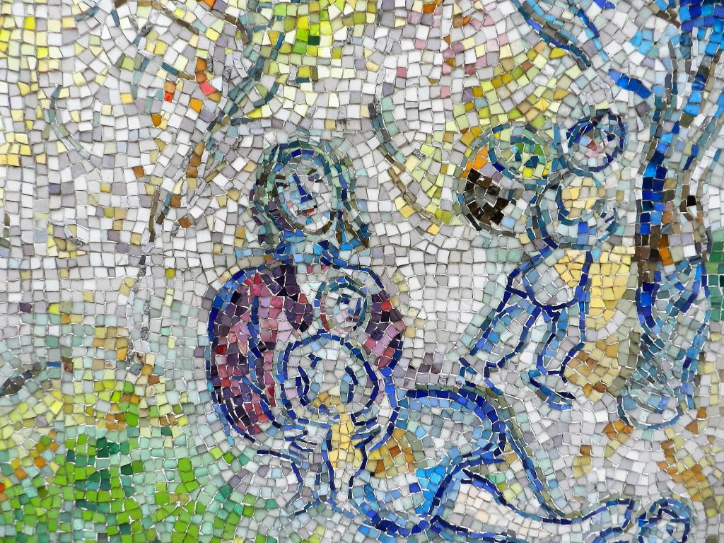 Marc Chagall's Four Seasons mosaic_ mother and child2.