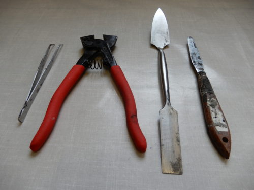 tools for the tile adhesive method