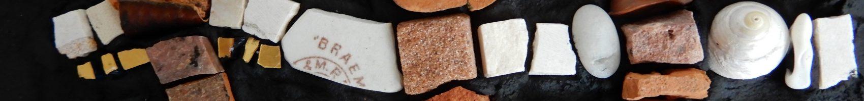 Mosaic materials, a love story